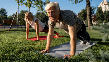 Imagem da Notícia Você sabe como trabalhar com idosos na Educação Física?
