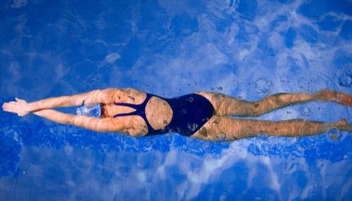 Imagem da Notícia A natação e seus benefícios