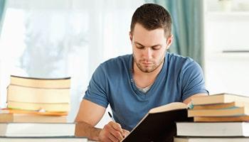 Imagem da Notícia Como escolher a sua pós-graduação de forma correta